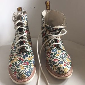 Dr Martens x liberty of London Limited boots Evan